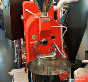 カフェバッハのオリジナル焙煎機