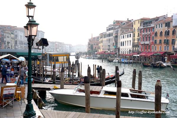 ベネチア ゴンドラ 街並み